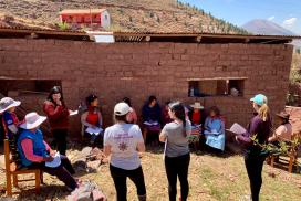 Workshop on running a business and managing finances to help empower rural women, Peru