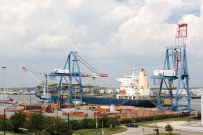 BRIDGING INTERNATIONAL MARKETS Port of San Francisco hopes to increase its bulk exports.