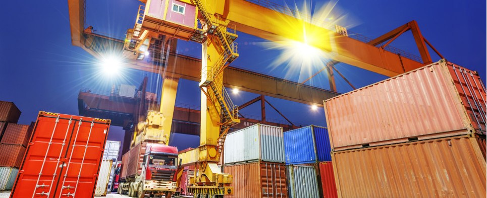 New software from APL Logistics allows shippers and truckers to collaborate to increase the efficiency of supply chains in global logistics, enabling the handling of shipments of import and export cargo.
