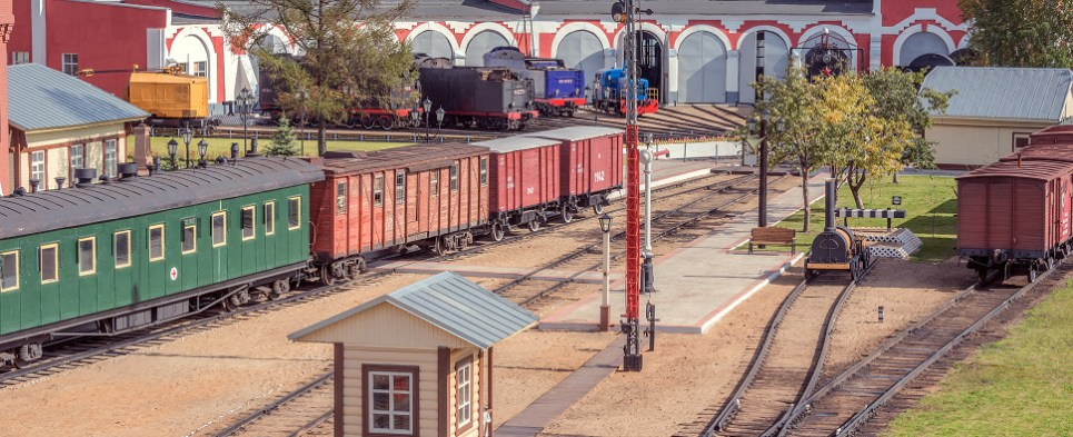 New train service from China to Moscow handling shipments of export cargo and shipments of improt cargo in international trade.