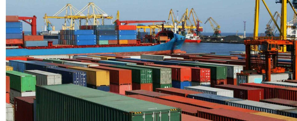 A Canada-China FTA would mean more shipments of export cargo and import cargo in international trade.