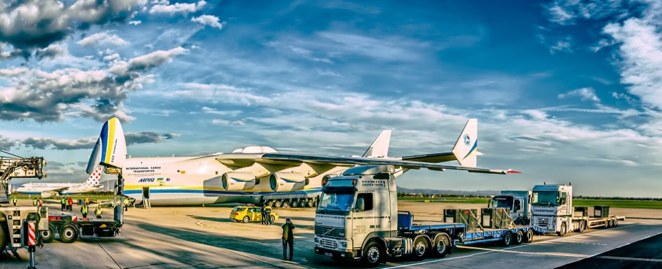 e-AWB facilitates more shipments of export cargo and import cargo in international trade.