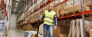 ADVANTAGES OF OUTSOURCING TO A 3PL