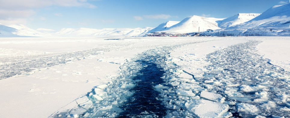 Melting Arc tic ice facilitates shipments of export cargo and import cargo in international trade on northern routes.