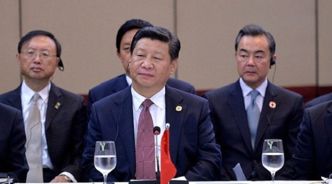 US and China in talks on shipments of export cargo and import cargo in international trade.