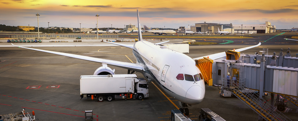 Air shipments of export cargo and import cargo in international trade can help optimize supply chains.