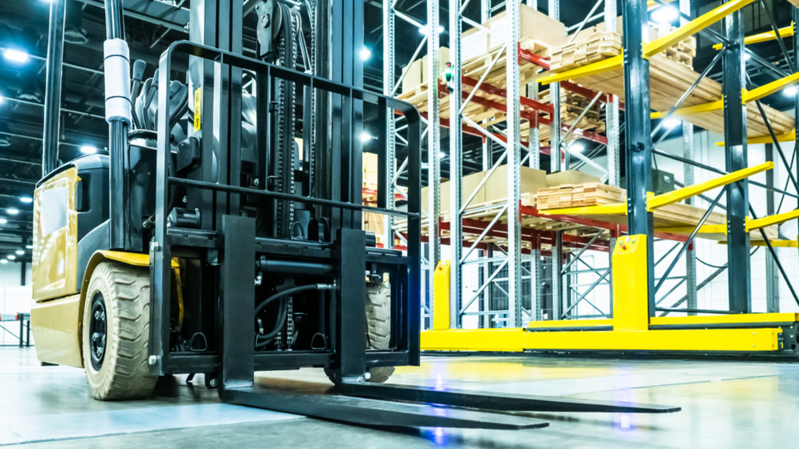 How has the Role of Forklift Trucks Evolved in Warehousing Operations Landscape Amid Flourishing E-commerce Presence Worldwide? - Global Trade Magazine