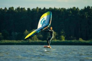 How to Choose the Right Equipment for Wing Foiling