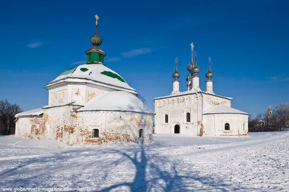 Church of St. Paraskeva Pyatnitsa (Church of St. Nicholas) (L), Church of the Entry into Jerusalem (R), Suzdal, Russia