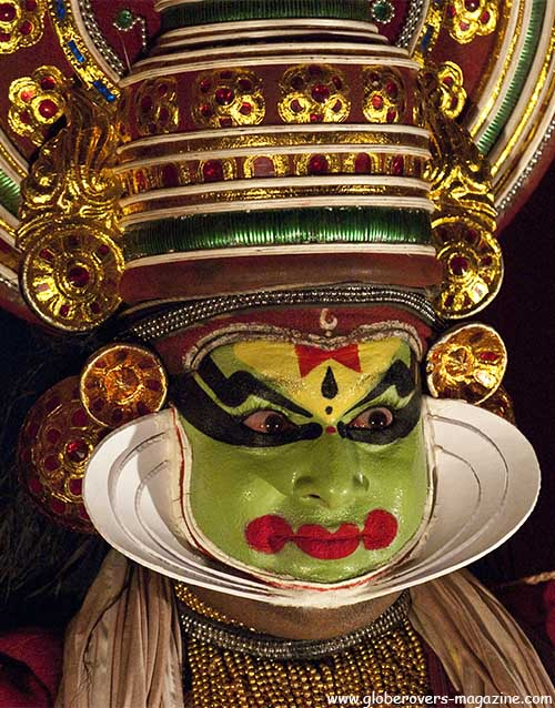 Kathakali dance, Kumily, Kerala, INDIA