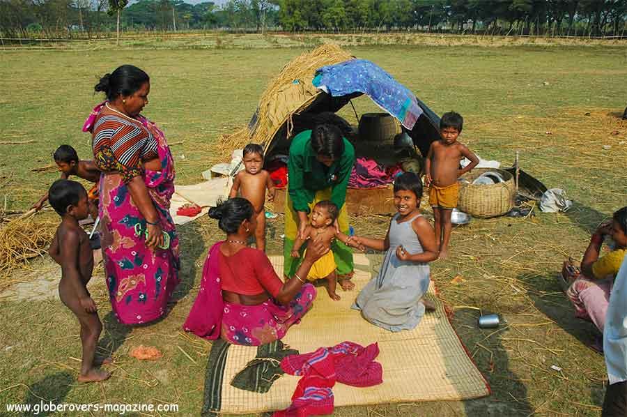 Gypsies in Mongla near Sundarbans, Bangladesh