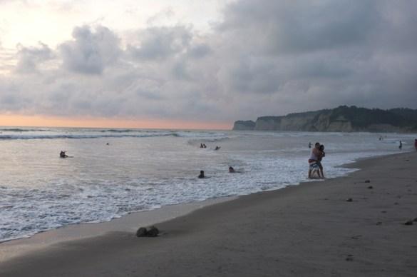 Sonnenuntergang-Canoa-Ecuador
