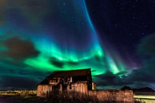 starkes Nordlicht in Bø, Vesterålen