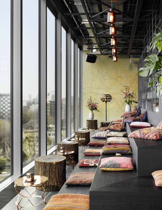 25hours Hotel Bikini Berlin: Aussicht Lounge