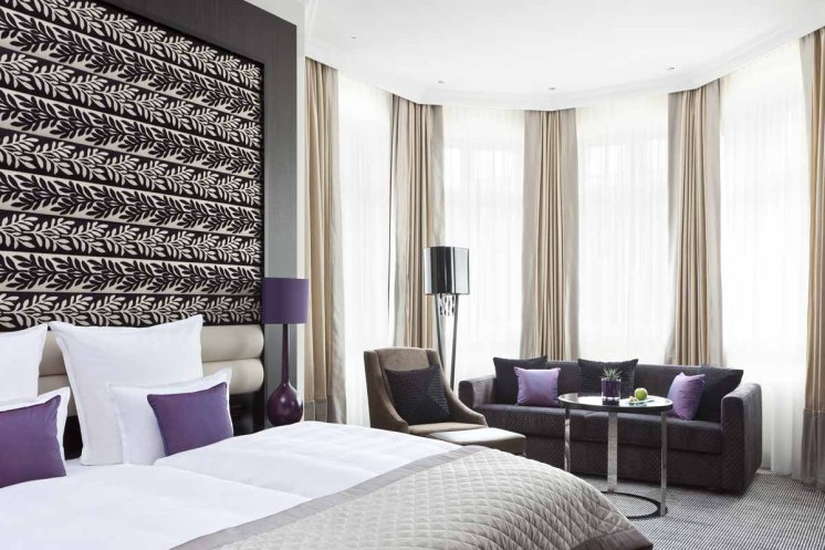 Hotel Steigenberger Leipzig Doppelzimmer lila