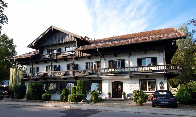 Tegernsee - Relais Chalet Wilhelmy - Hotel Aussenansicht