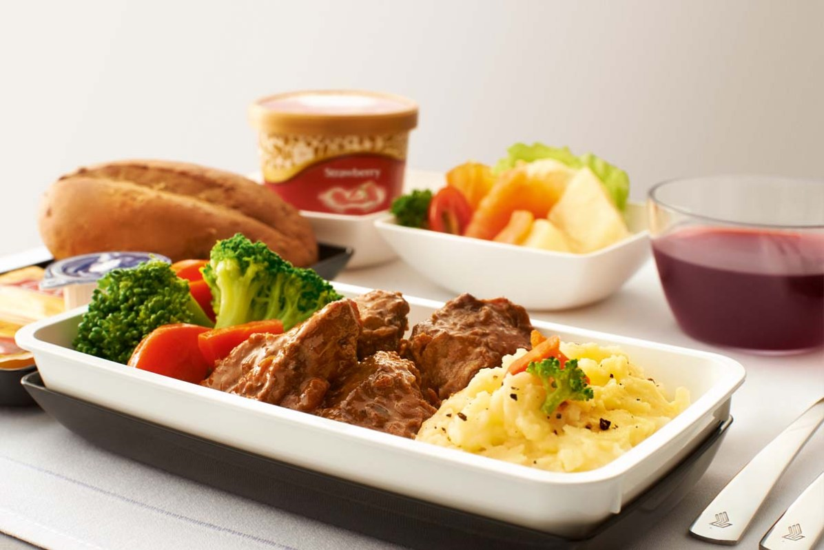 essen-premium-econonmy-class-singapore-airlines