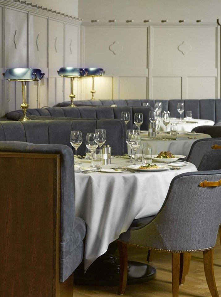 Grand Hotel Bellvue, Gstaad Fotograf BR, www.martinguggisberg.ch c/o so & so GmbH / CH - 8005 Zürich Postfinance PC-85-116545-5 IBAN elektronisch : CH4809000000851165455