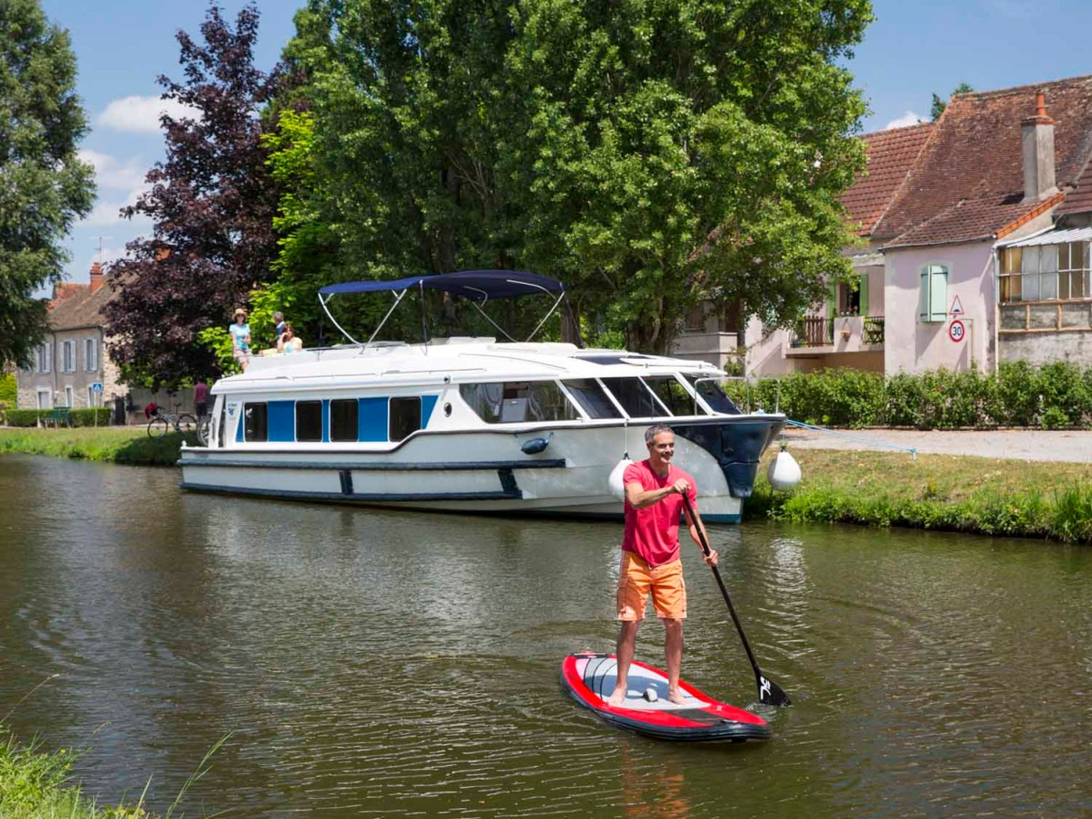 Le Boat, Burgund, SUP