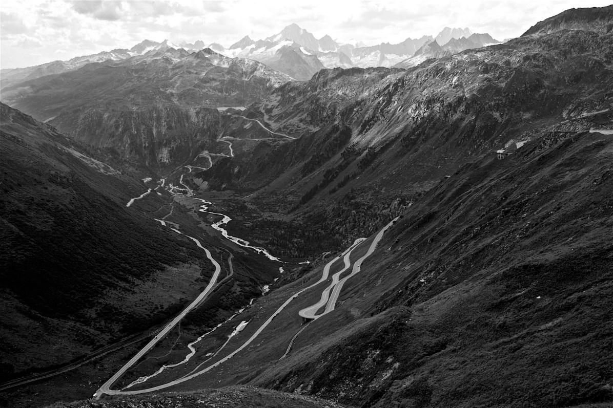 Maenner Motorrad Wochenende Schweiz Alpen 18
