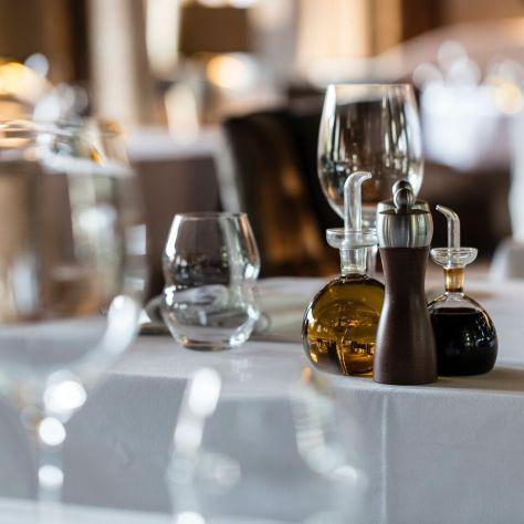 Ultima Gstaad - Duchessa Restaurant 4 ©Bruno Preschesmisky_preview