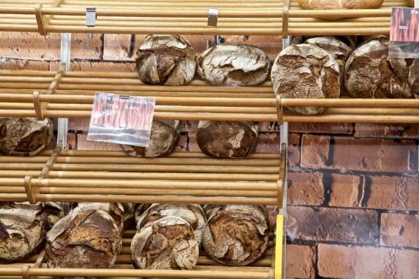 ... und feinem frischem Brot.