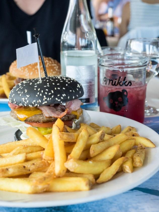 Unser Burger auf dem Schiff
