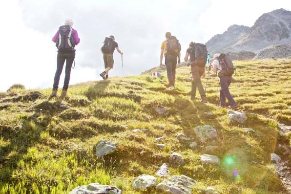 Wandergruppe unterwegs auf Keschtrek