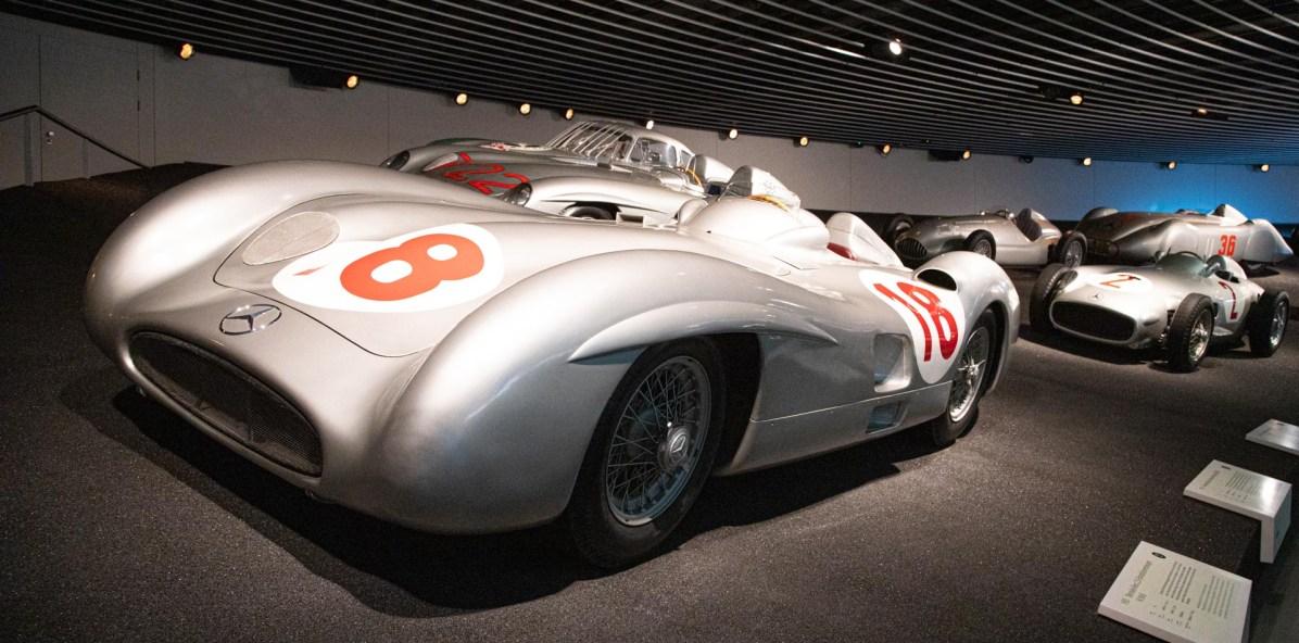 Mercedes Benz Museum Stuttgart 32