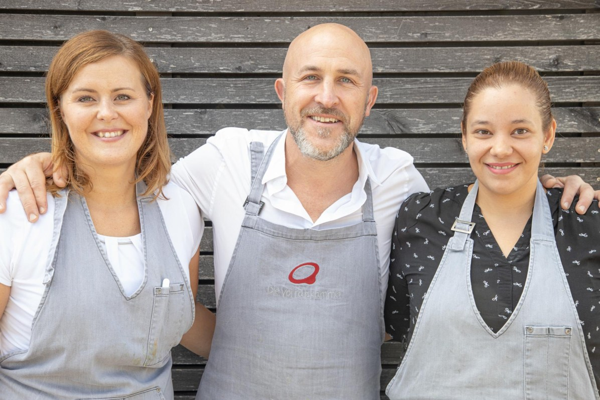 Das Team des Restaurants Vorratskammer (links: Julia Krehl, mitte: Robert Kudin)