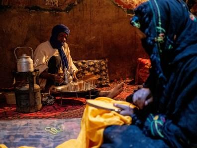 Tee bei einer lokalen Familie