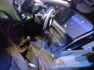 Ford-Freestyle-interior-dashboard-steering-4