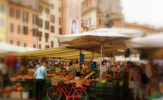 a-beautiful-italian-market-scene