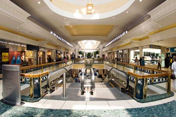 Cresta Shopping mall