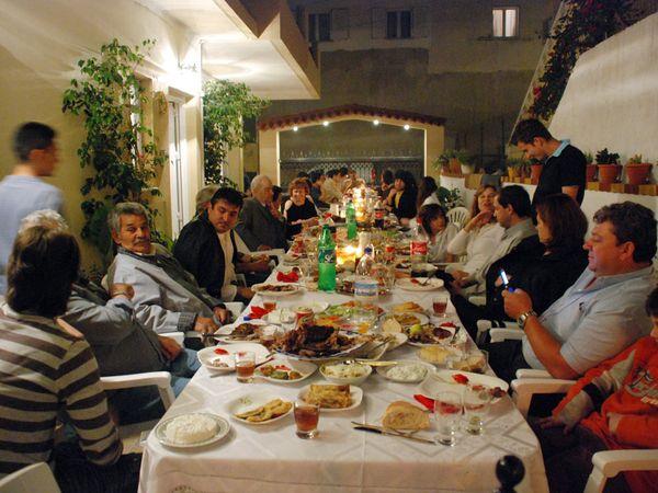 greek crete family