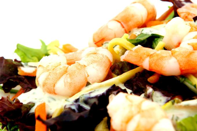中国のメイドさん・お手伝いさん・ナニ−さんである「アイさん」にはお料理をお願いすることもできます!