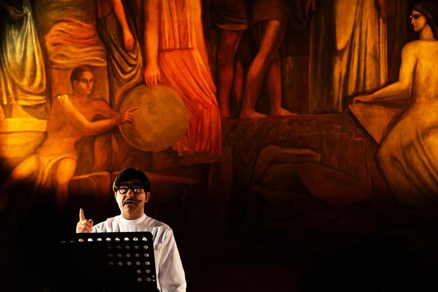 Figaro il Barbiere con Elio (Stefano Belisari) - Iuc Sapienza - Roma 2013
