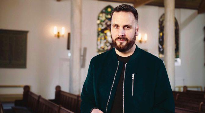 EO-podcast 'Dit is de Bijbel' opent eerlijk gesprek over meest invloedrijkste boek ooit