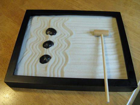Handmade Gifts For Him: DIY Zen Garden via Curbly
