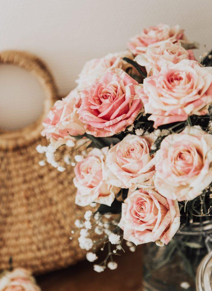 30 Spellbinding Roses Wallpaper Backgorunds For iPhone