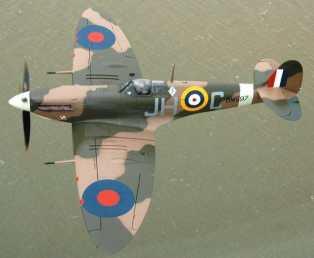 Spitfire BM597 flying over Dover