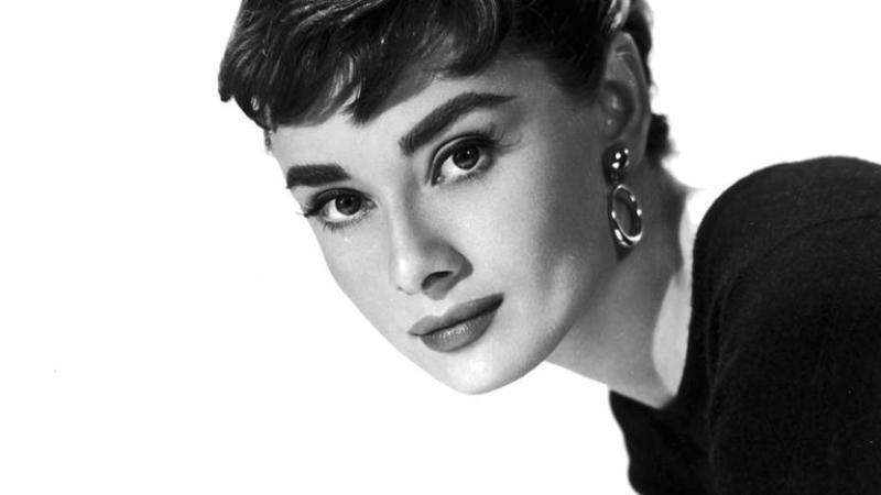 20 Most Beautiful Women Ever! (1) 10
