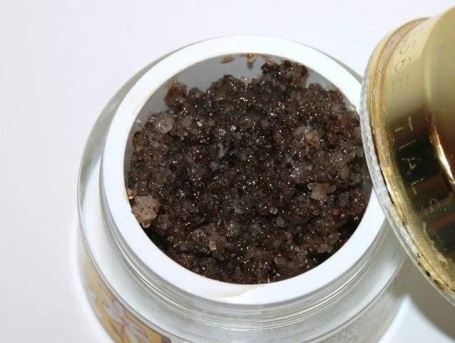 DIY Coffee Body Scrub (7)