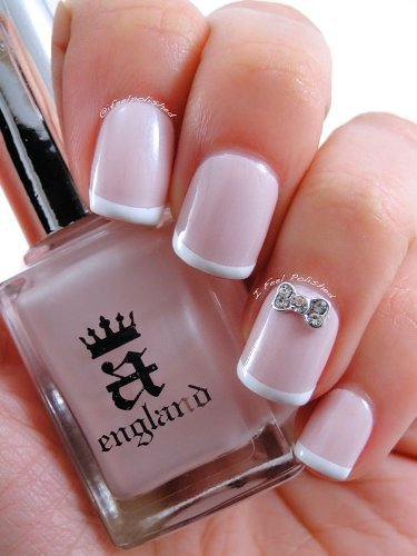 You Will Love these French Manicure Ideas 2019 ! 1