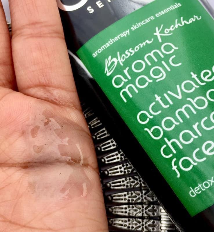 Aroma Magic Charcoal Face Wash 3