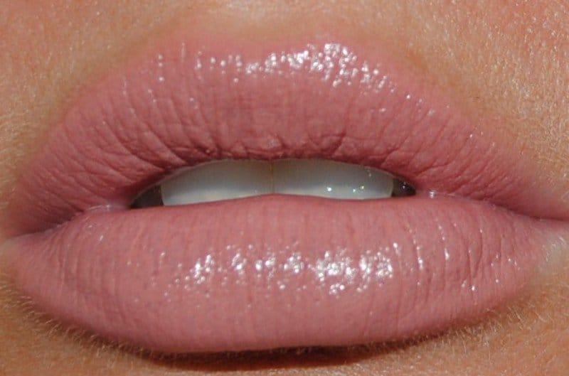 Best Lipstick For Dark Lips 3