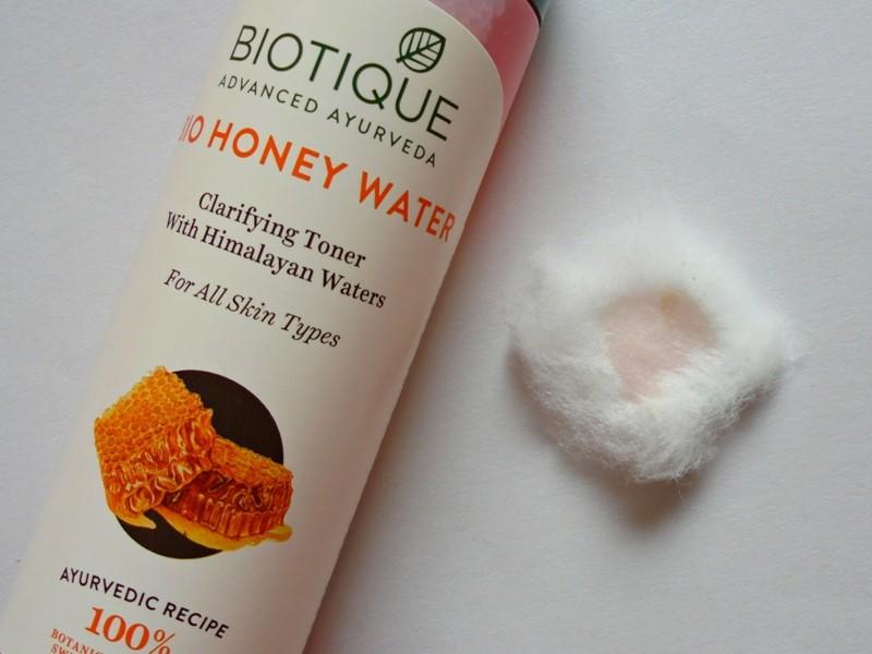 Biotique Bio Honey Water Clarifying Toner with Himalayan Waters Review 5