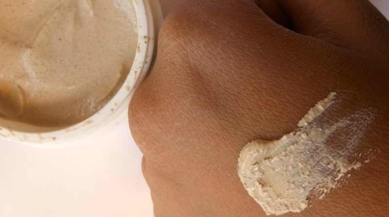 Biotique Bio Papaya Revitalizing Tan Removal Scrub 2