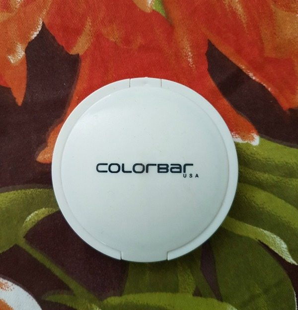 Colorbar Radiant White UV Fairness Powder Compact