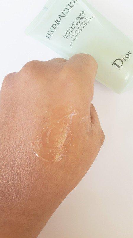 Dior Hydraction Exfoliating Face Scrub 6